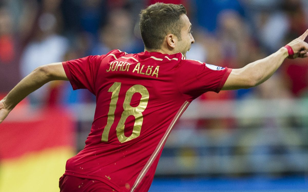 Jordi Alba and Andrés Iniesta score as Spain beat Slovakia