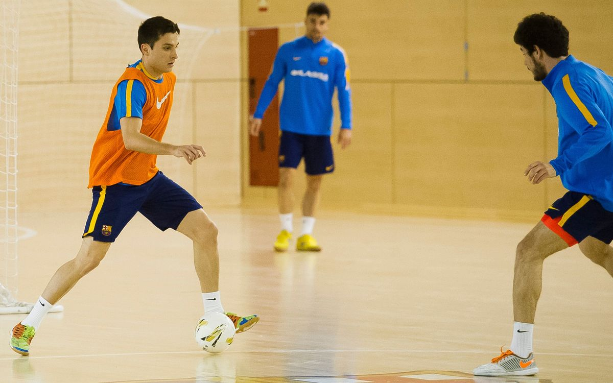 Marc Carmona fa una sessió doble amb cinc jugadors del B
