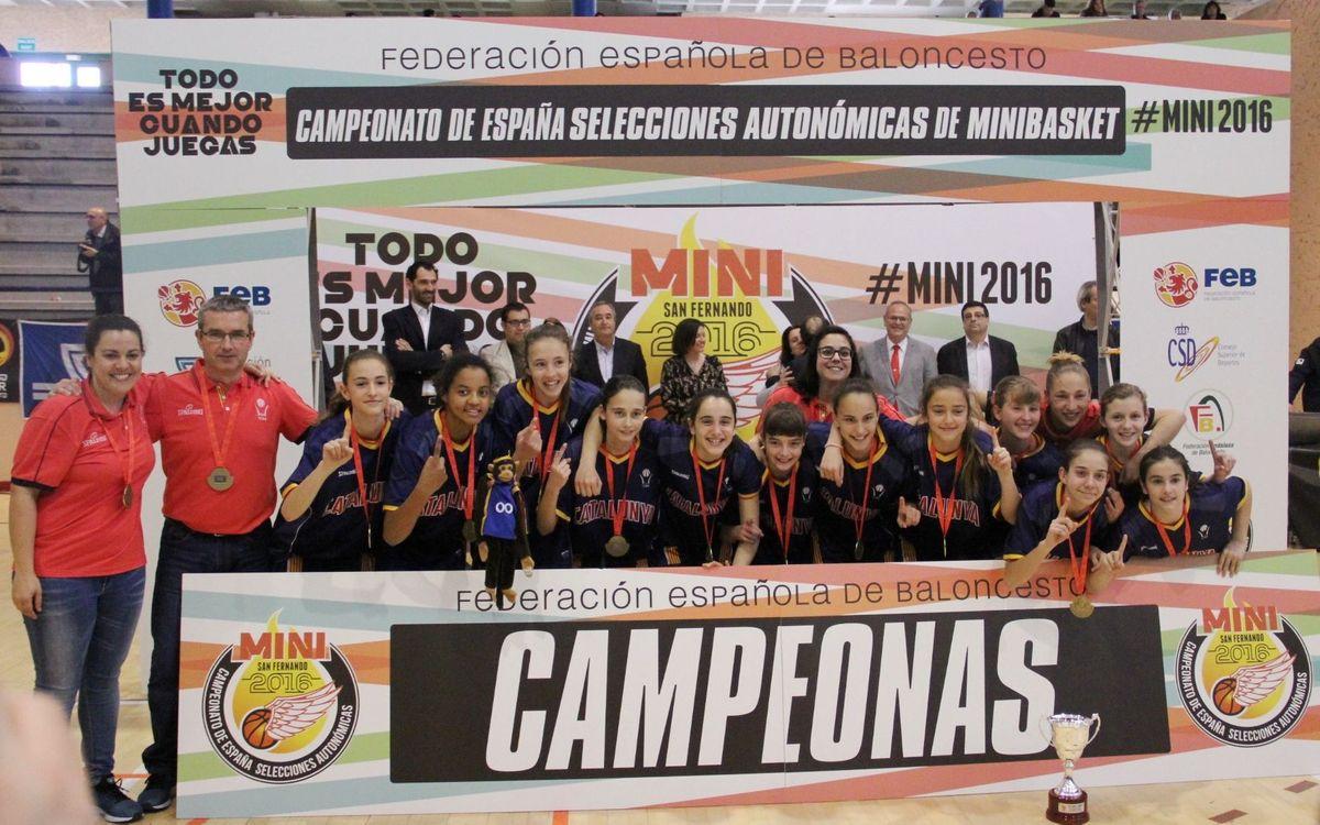 Tres azulgranas, campeonas de España con la selección catalana mini de baloncesto