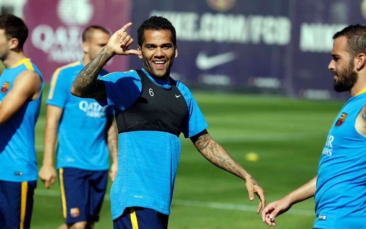 Dani Alves receives medical all-clear to face Levante