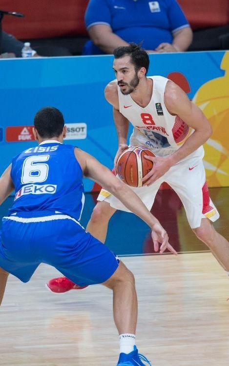 Pau Ribas passa a semifinals i Perperoglou cau eliminat en l'Espanya-Grècia (73-71)