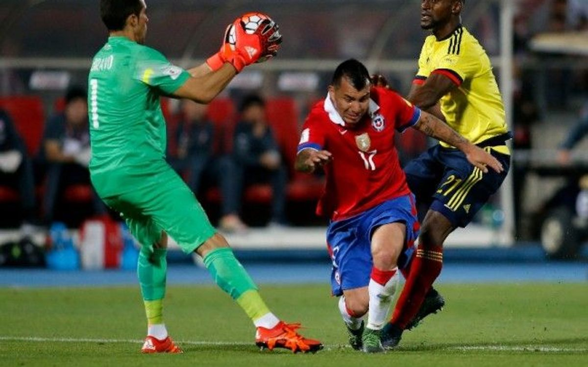Chile held 1-1 at home by Colombia, Argentina v Brazil rained off