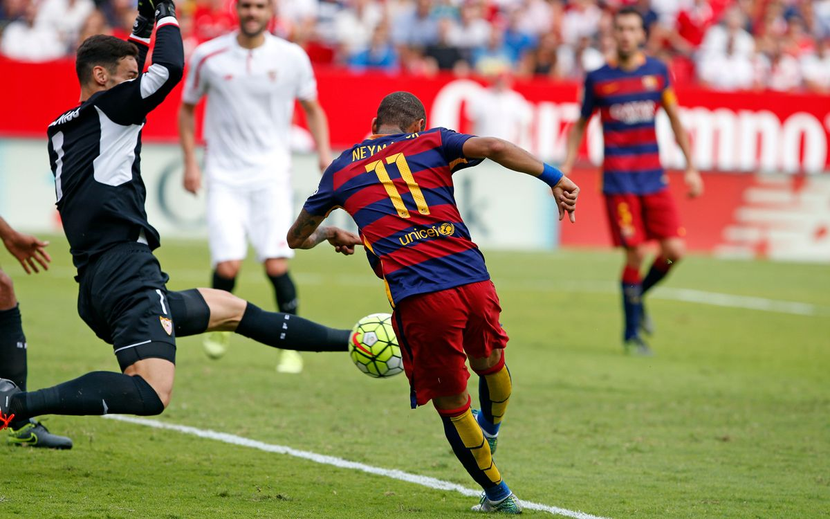 Sevilla FC v FC Barcelona: Late rally comes up short in 2–1 defeat