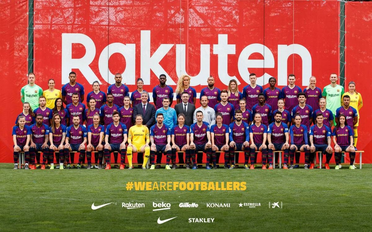 A Blaugrana family photo!