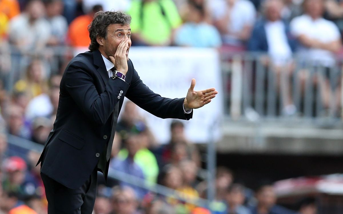Luis Enrique congratulates players for all-out effort