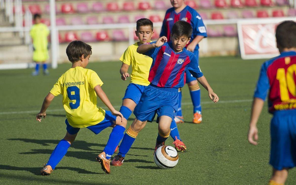 El desè torneig de futbol-7 inicia el programa d'activitats del Congrés Mundial de Penyes