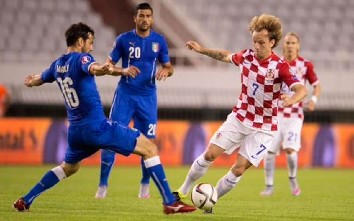 Rakitic and Croatia draw with Italy to stay top