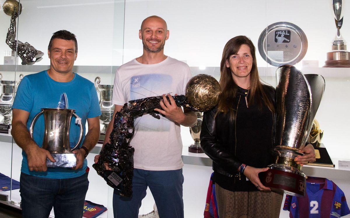Els trofeus del Barça d'handbol ja són al Museu
