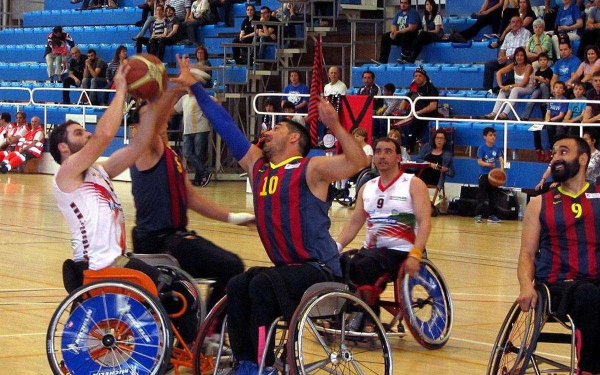 L'UNES FC Barcelona, malgrat perdre, manté les opcions d'ascens a Divisió d'Honor