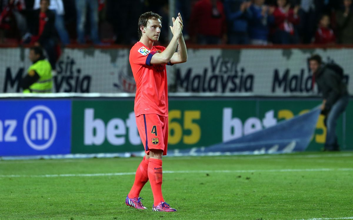 Sevilla FC v FC Barcelona: Catalans falter late, draw in Andalusia (2-2)