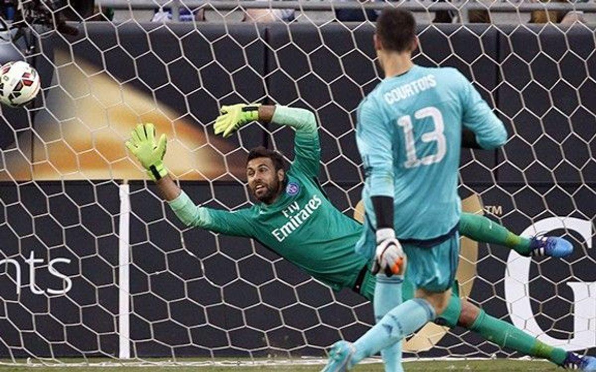 Courtois, des del punt de penal, dóna la victòria al Chelsea contra el PSG