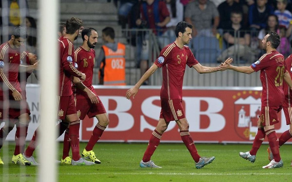 Cinc jugadors del FC Barcelona, a la convocatòria de la selecció espanyola