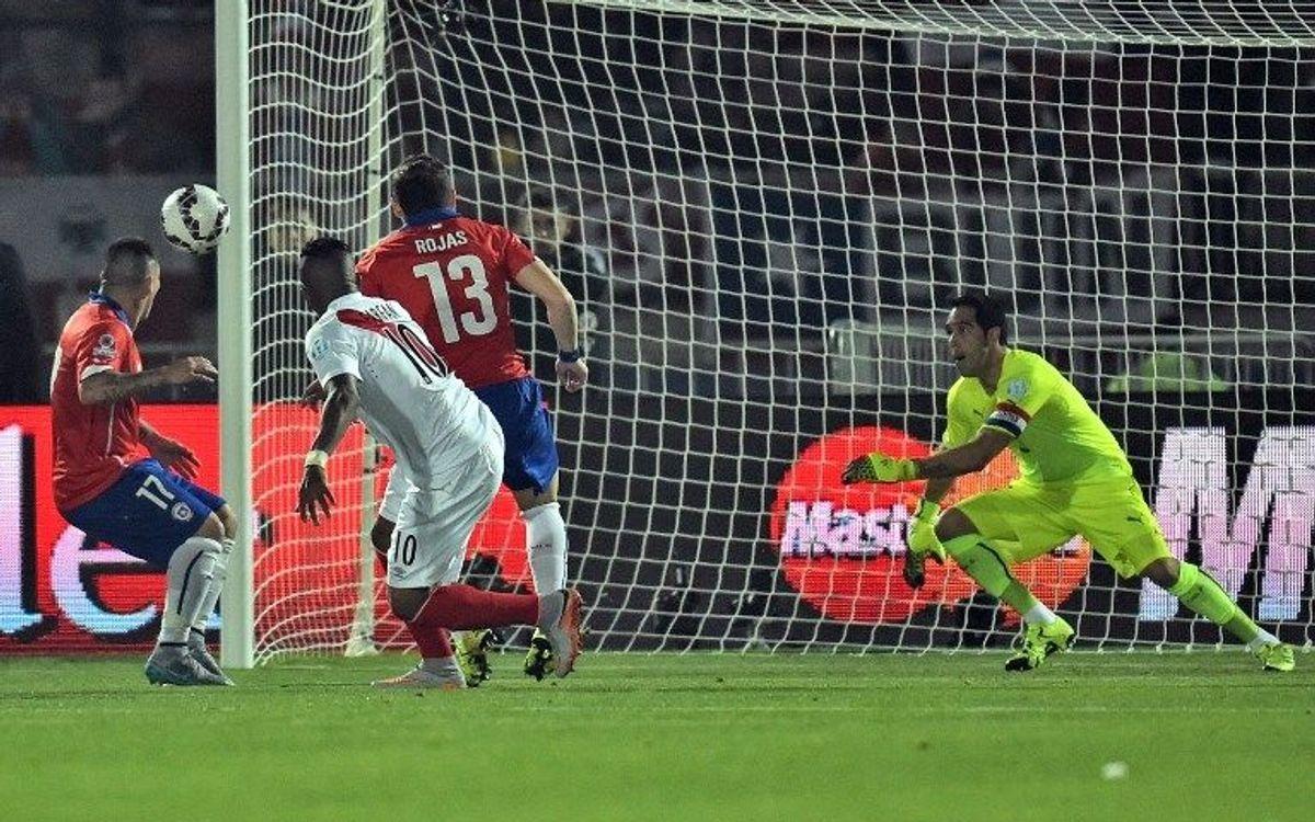 La Xile de Claudio Bravo, a la final de la Copa Amèrica (2-1)