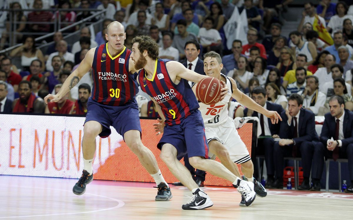 FC Barcelona claw back late but fall to Real Madrid in Game One, 78–72