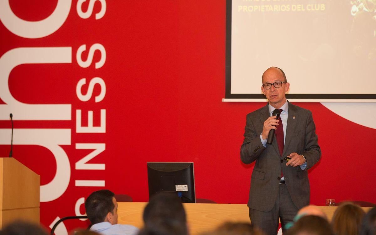 Jordi Cardoner imparteix una conferència a l'escola de negocis Euncet