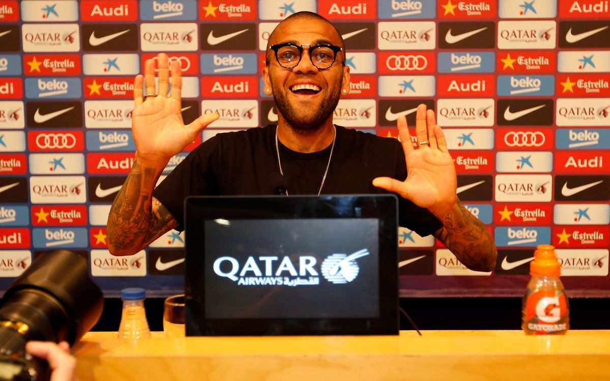 Dani Alves says his heart told him to stay