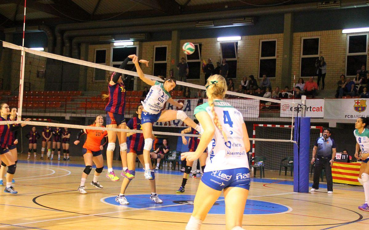 Bon joc del voleibol femení malgrat la derrota (1-3)