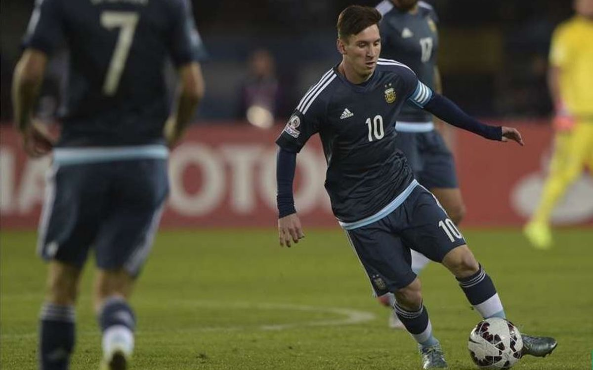 Argentina seek top spot in Messi's 100th game