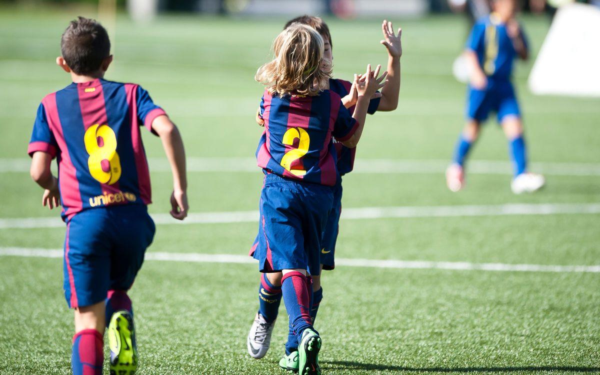 Quinze victòries, un empat i una derrota al futbol formatiu