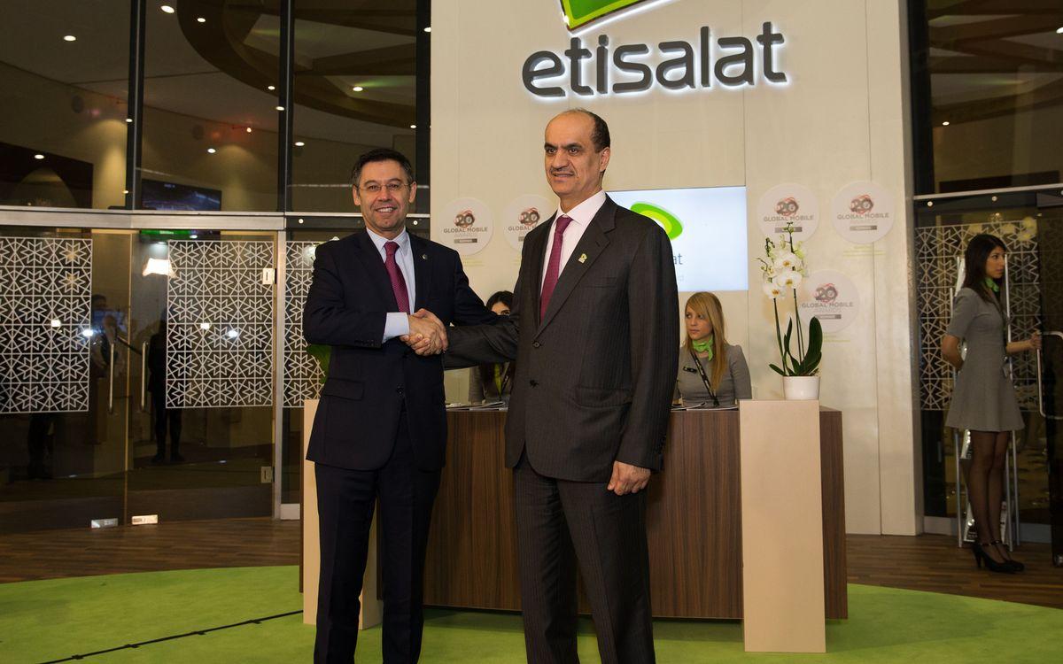 Josep Maria Bartomeu visits Etisalat at Mobile World Congress