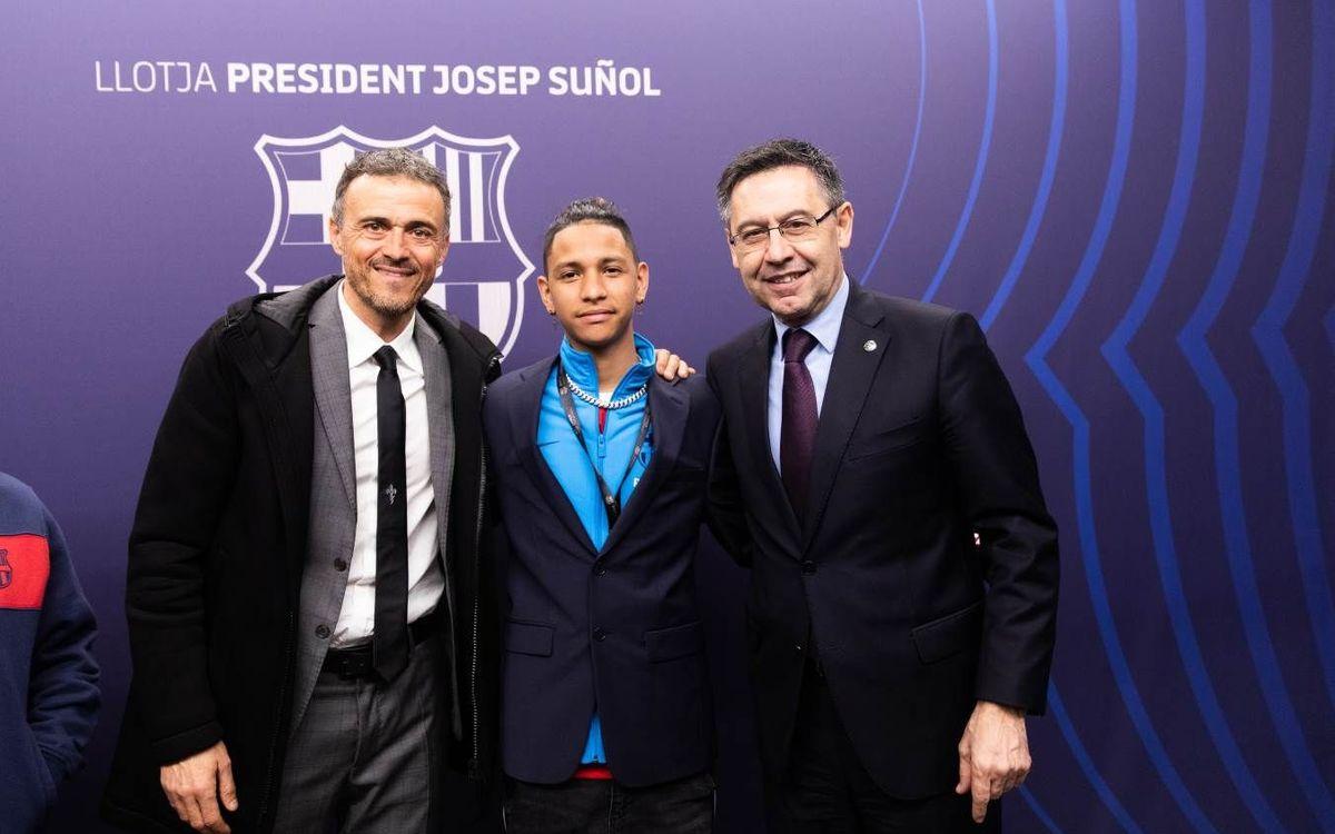 Anthony Borges compleix el seu somni de visitar el Camp Nou