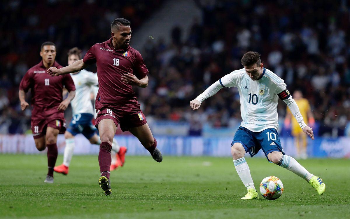 Messi en action avec l'Argentine