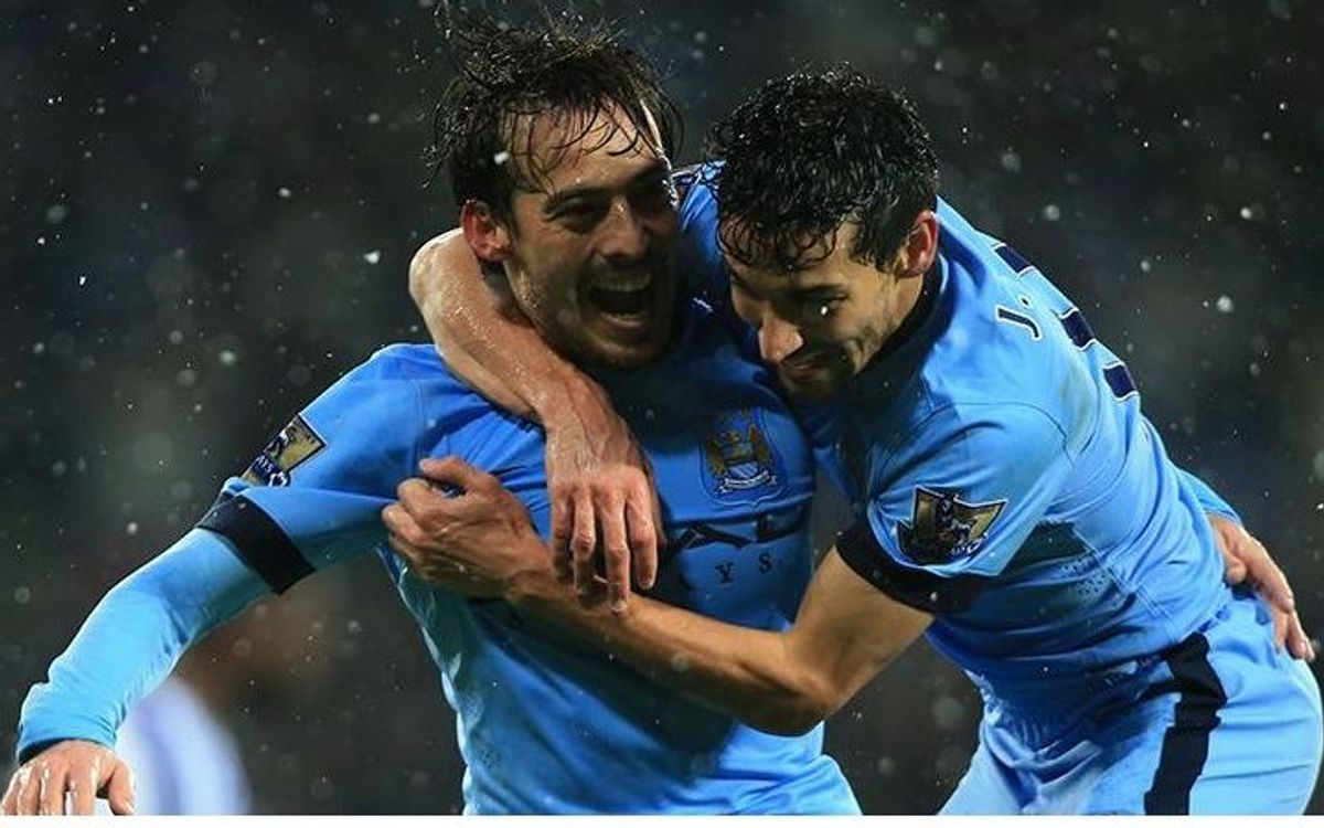 Manchester City get 3-1 victory in the snow