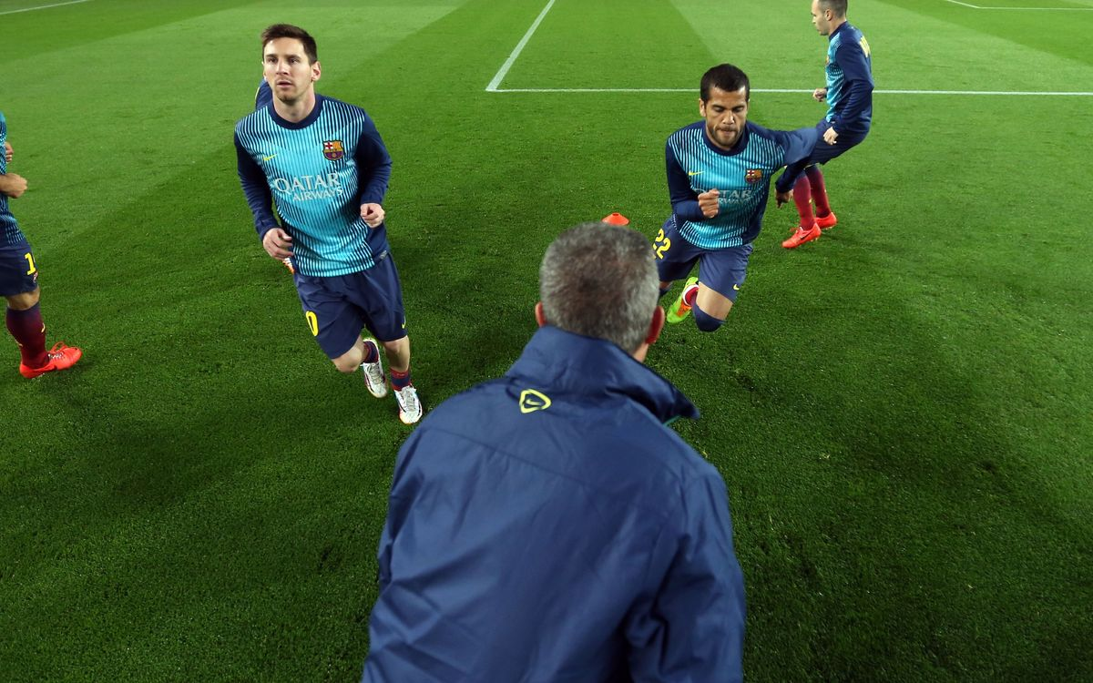 Barça warm up at the Martínez Valero