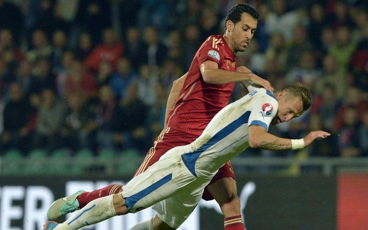 Slovakia shock Spain (2-1)