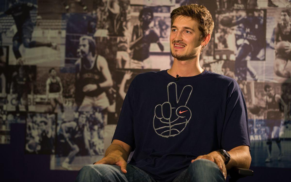 """Tibor Pleiss, l'última incorporació del bàsquet: """"Ho donaré tot pel Barça"""""""