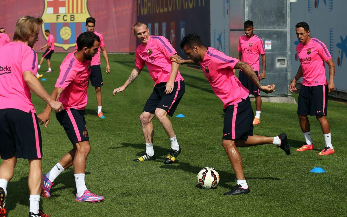 Jérémy Mathieu and Dani Alves back in squad