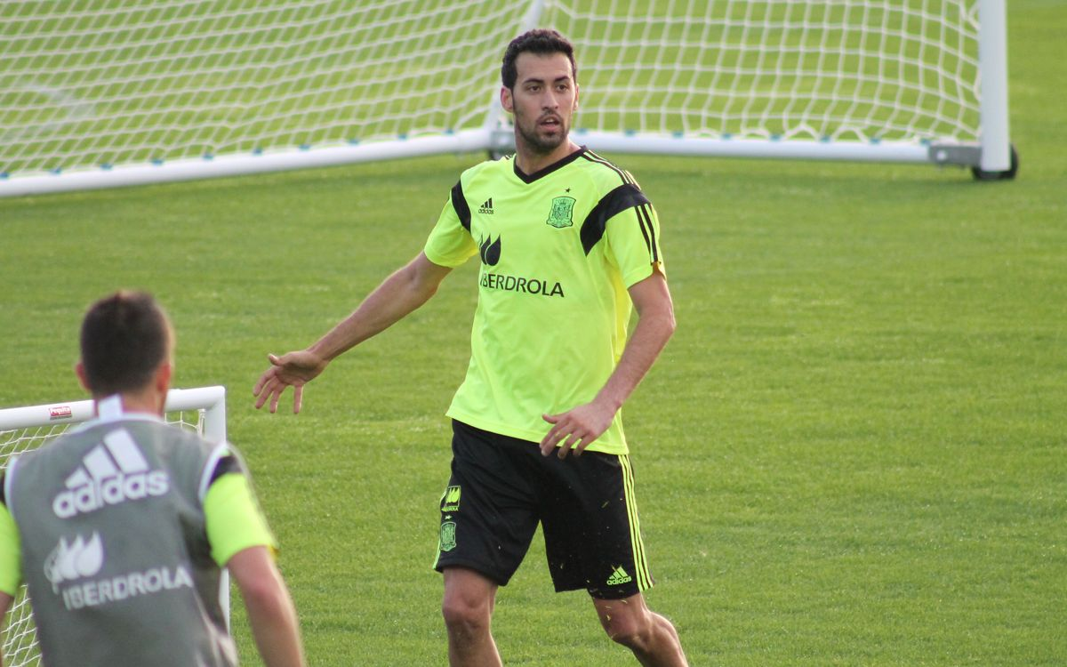 Sergio Busquets: adapting to Brazil's climate is crucial