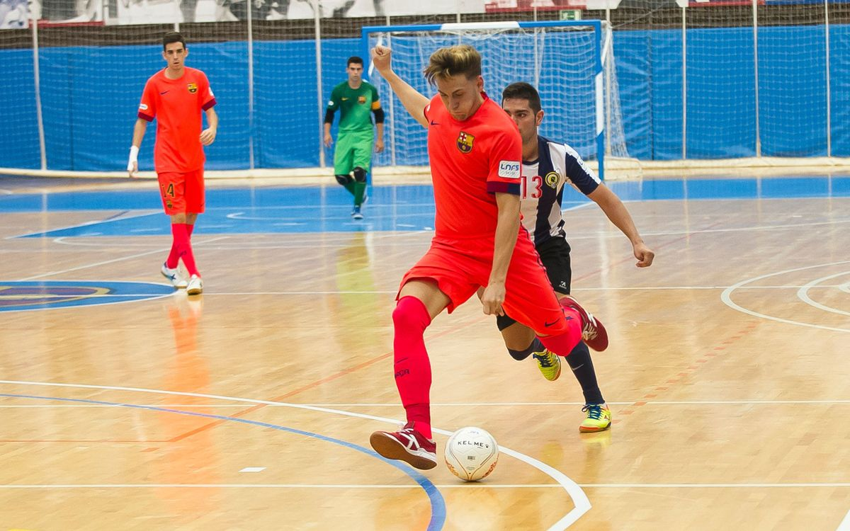 Pacheco marxa al Peníscola fins a finals de la temporada 2015/16
