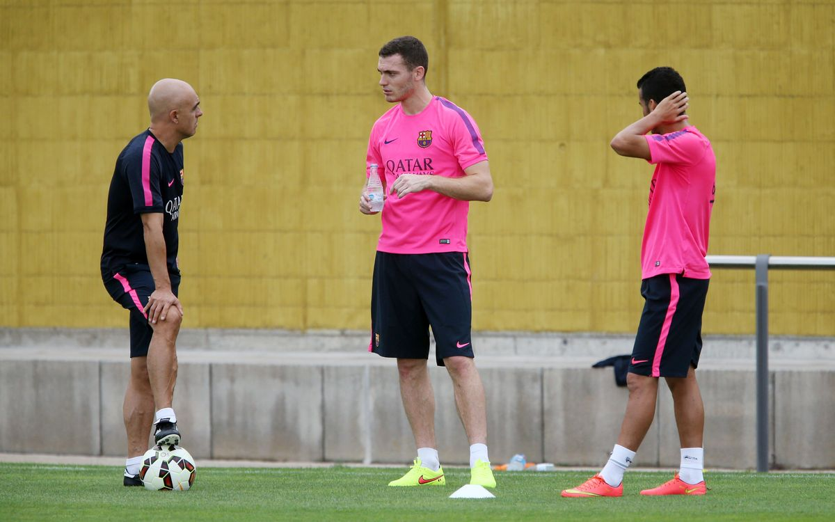 Vermaelen and Pedro, fitness training apart from the group