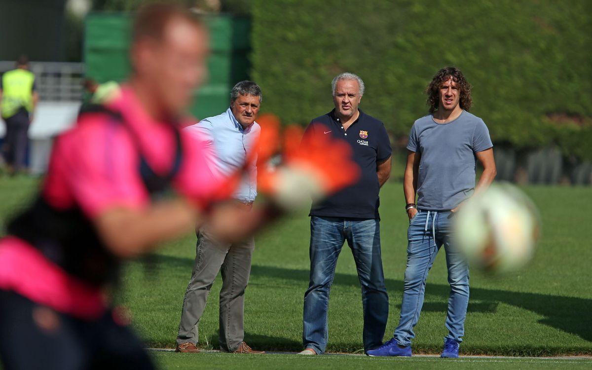 Puyol visits training