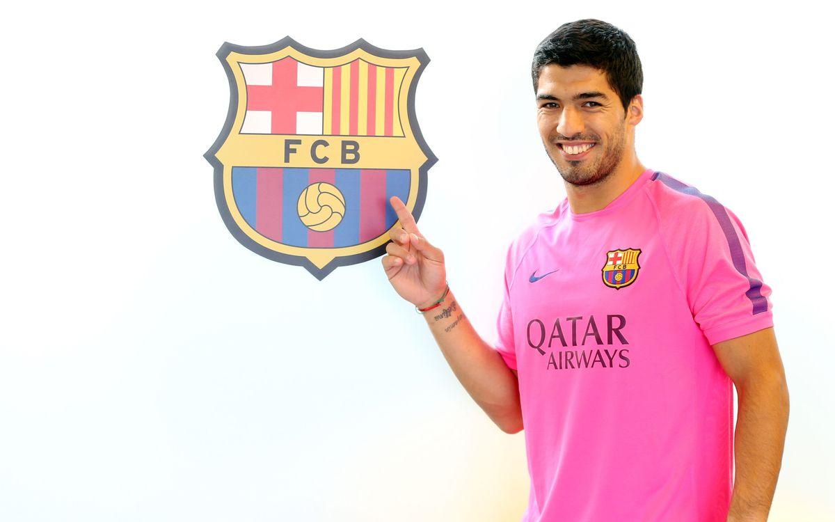 LIVE- Official presentation of Barça's new player Luis Suárez