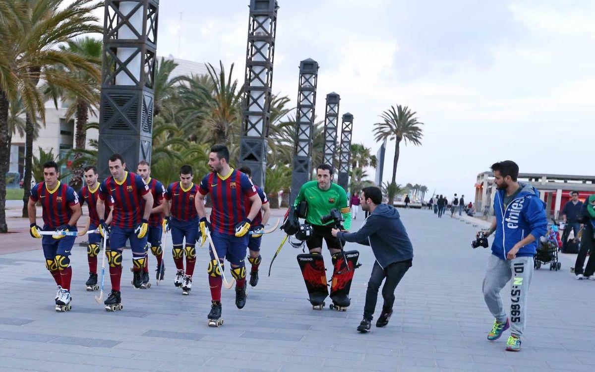 El equipo recorre la ciudad para promocionar la Final Four de Barcelona