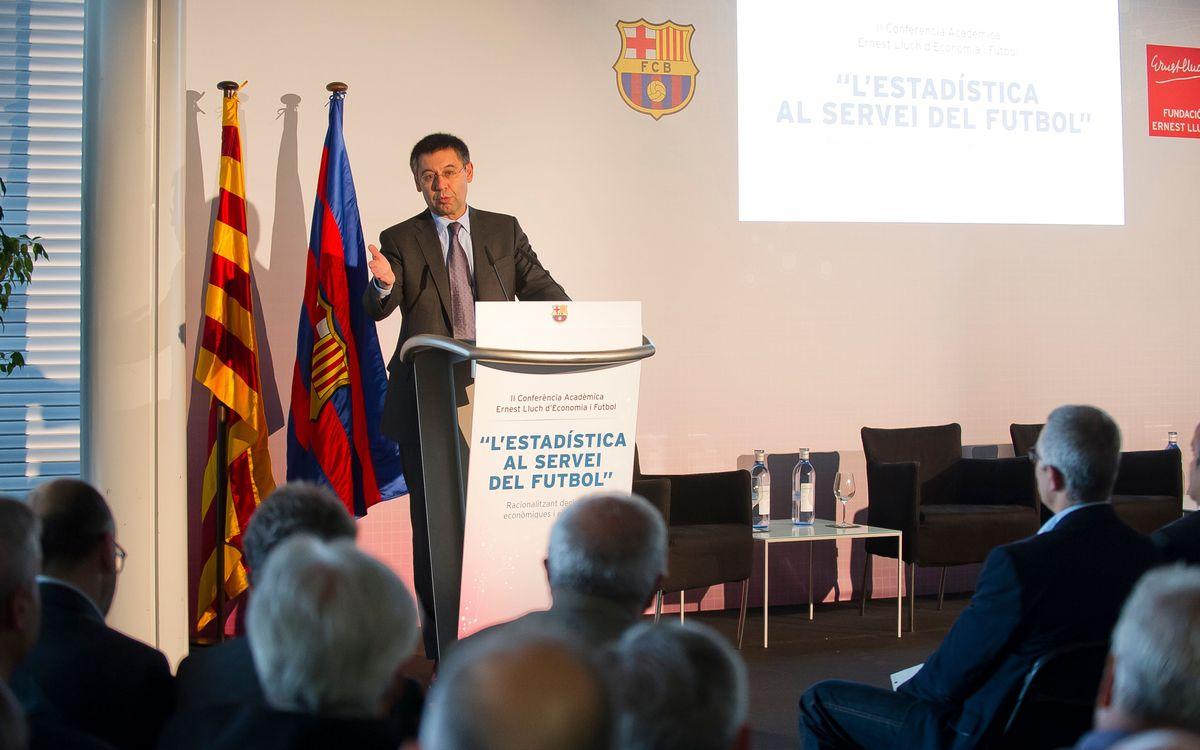 Debat sobre estadística i futbol al Camp Nou