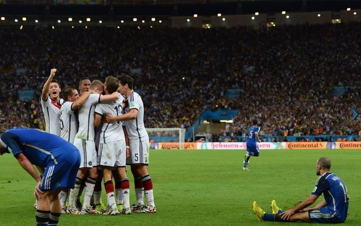 Germany defeat Argentina in the World Cup final (1-0)