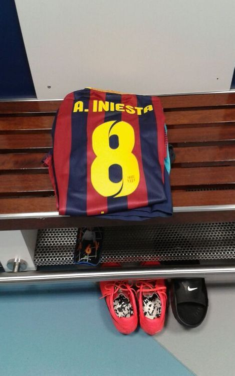 El estadio Nuevo Los Cármenes, listo para recibir al Barça