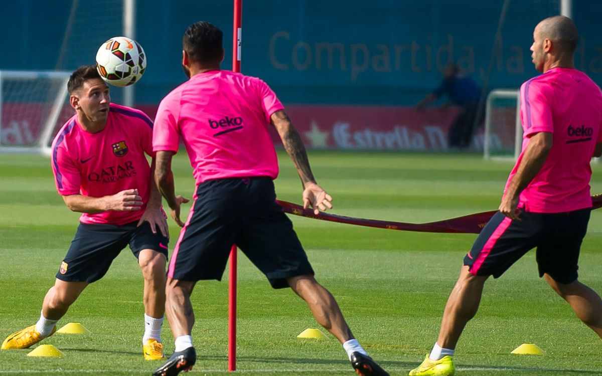 Training as normal for Messi, Mascherano and Alves