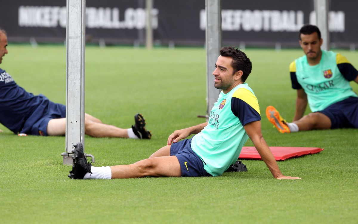 Xavi out with back sprain