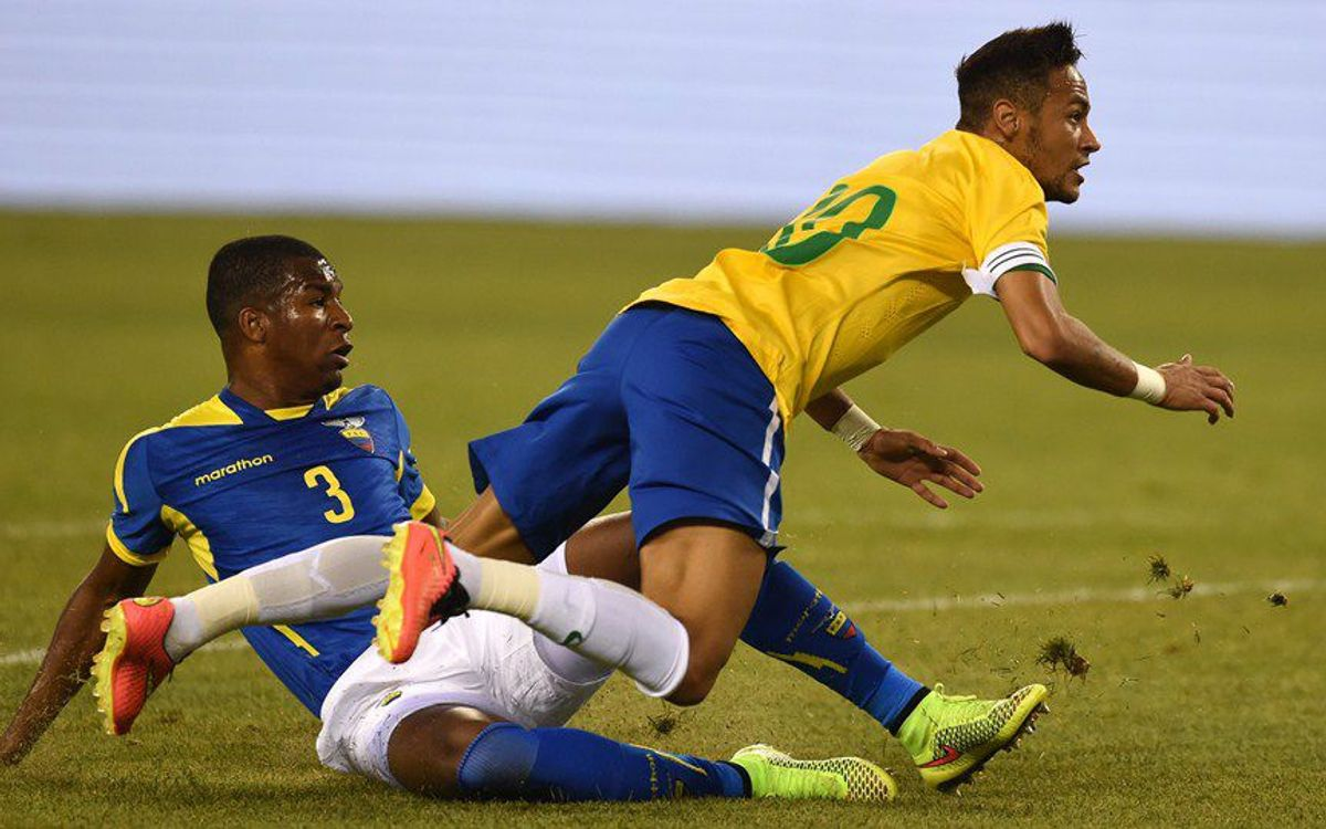 Brazil and Neymar defeat Ecuador (1-0)