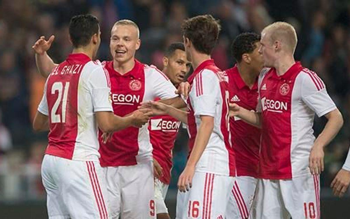 Ajax fighting for Eredivisie lead (4-0)