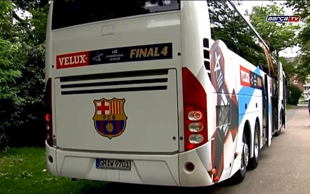 Un trajecte amb l'autocar del Barça d'handbol