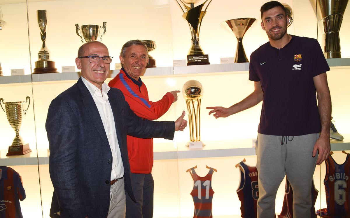 La Copa del Rei, entregada al Museo del Barça