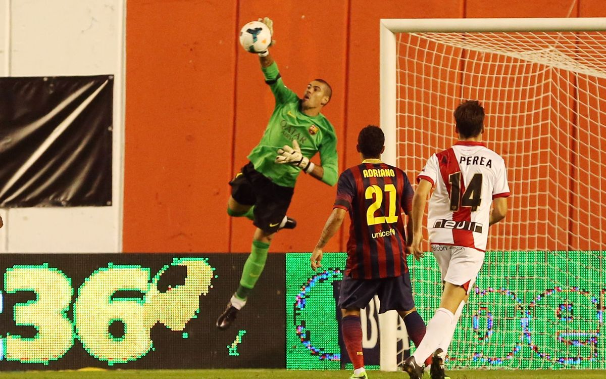 FC Barcelona v Rayo Vallecano: Ignoring distractions