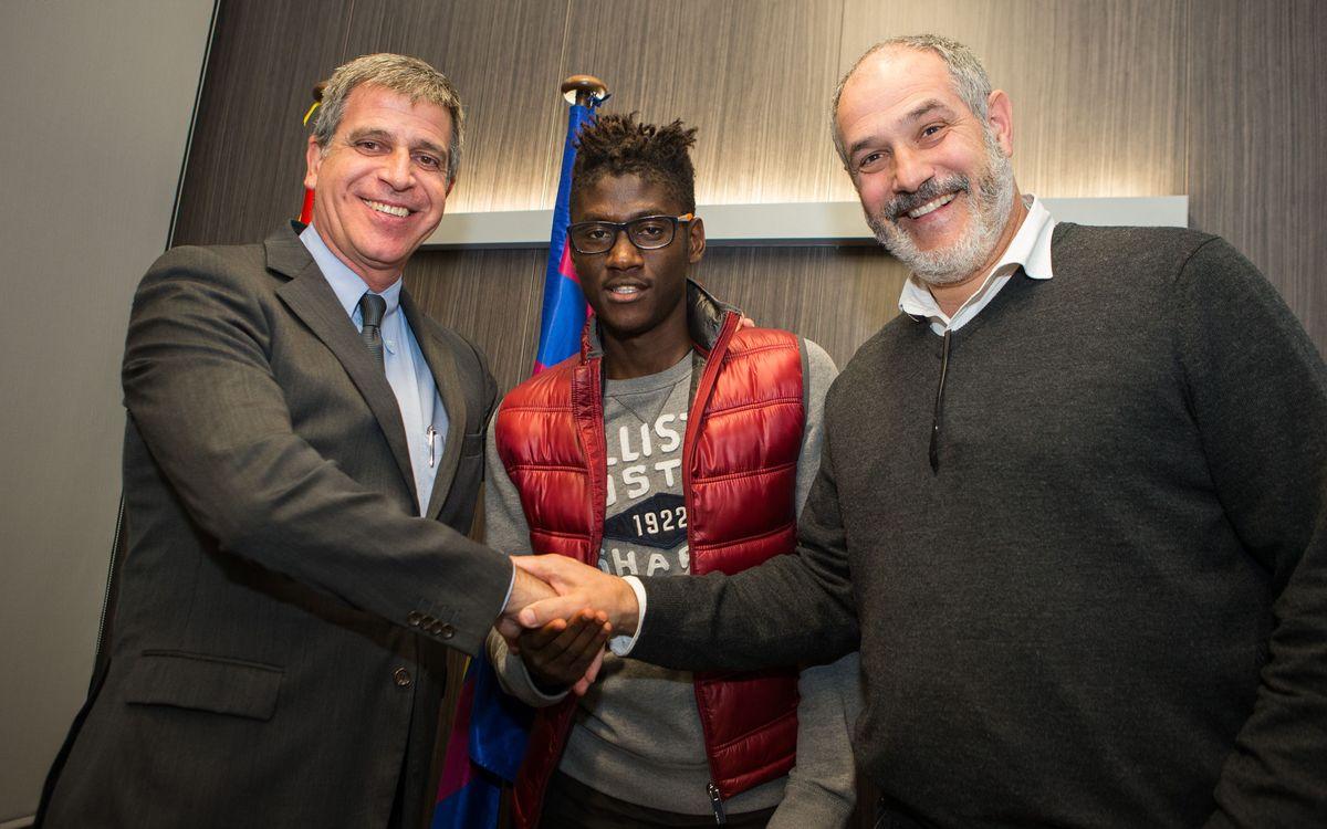 Macky Frank Bagnack renova amb el Barça fins al 2017