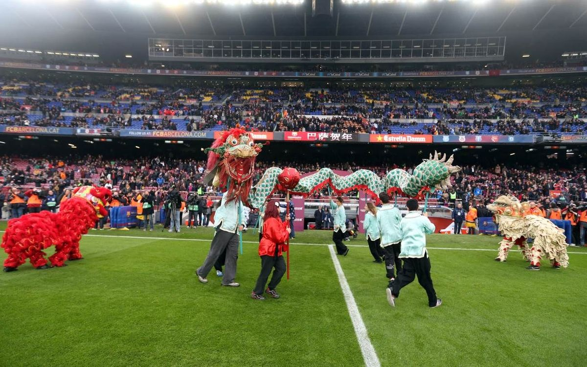 The Camp Nou celebrates the Chinese New Year