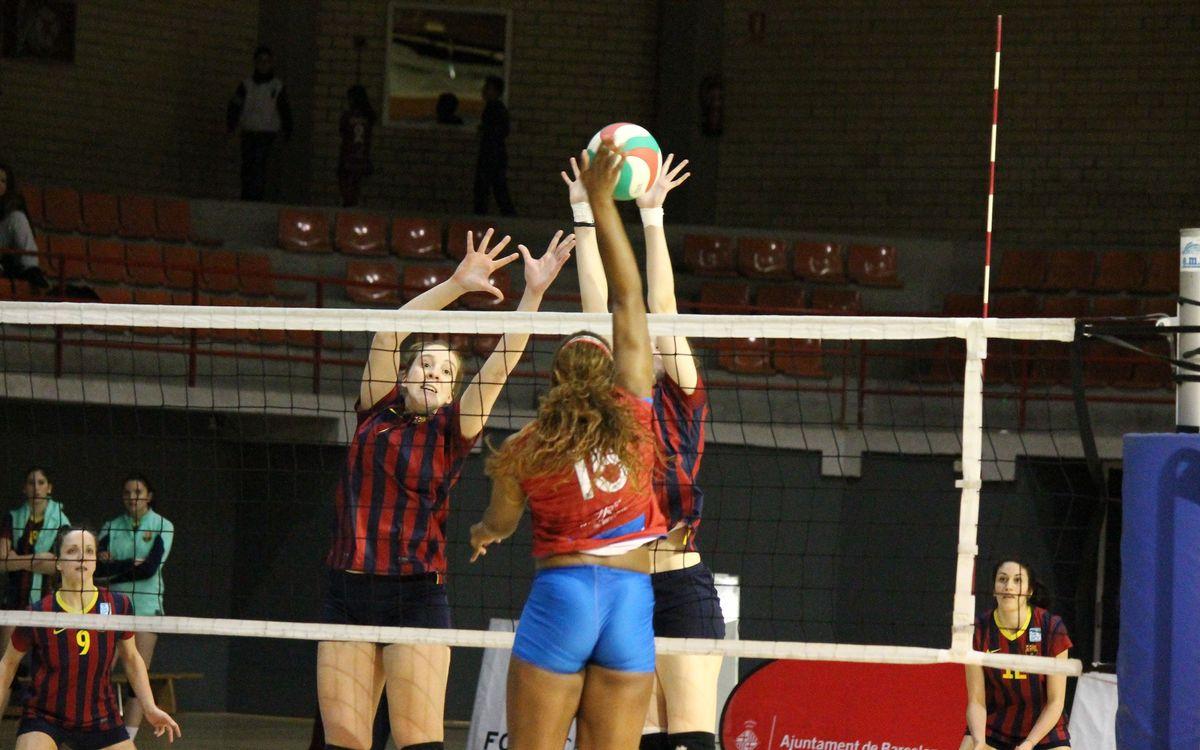 Triunfo del voleibol femenino para finalizar terceras en la fase regular (3-2)
